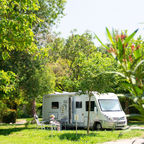emplacement camping moulin des iscles
